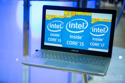 Intel Core i3 i5 i7 logo's op laptop